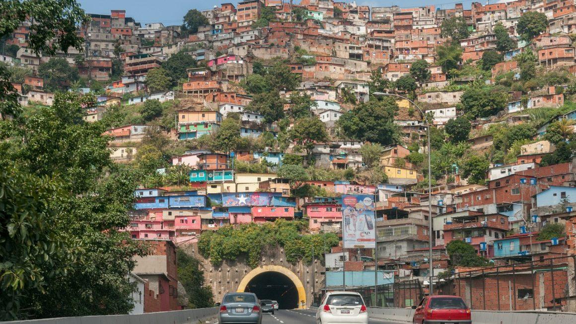barrio-546244_1280