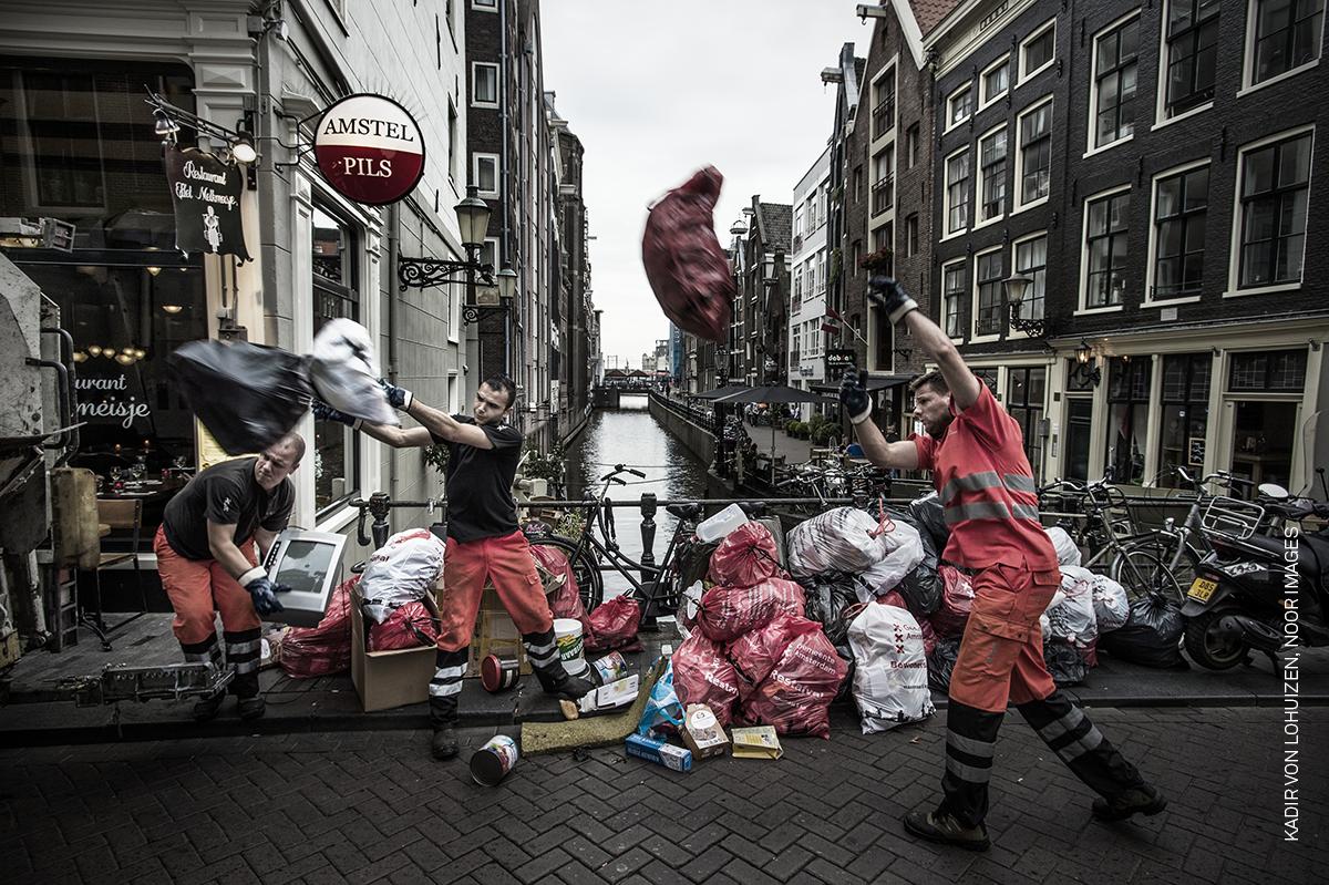 034_Kadir-van-Lohuizen_NOOR-Images_Online