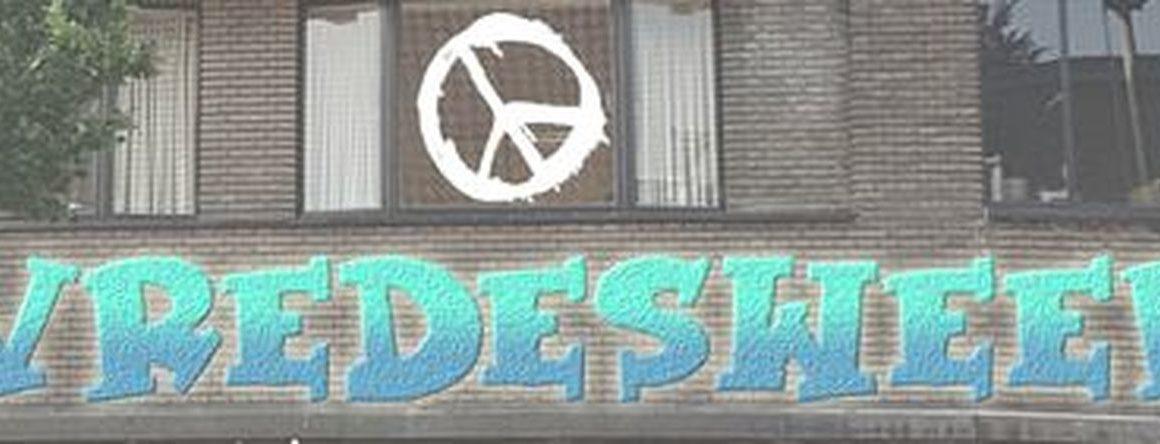 voorgevel-beklad-vredesweek2.jpg