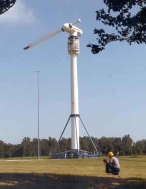 Windturbine met één wiek