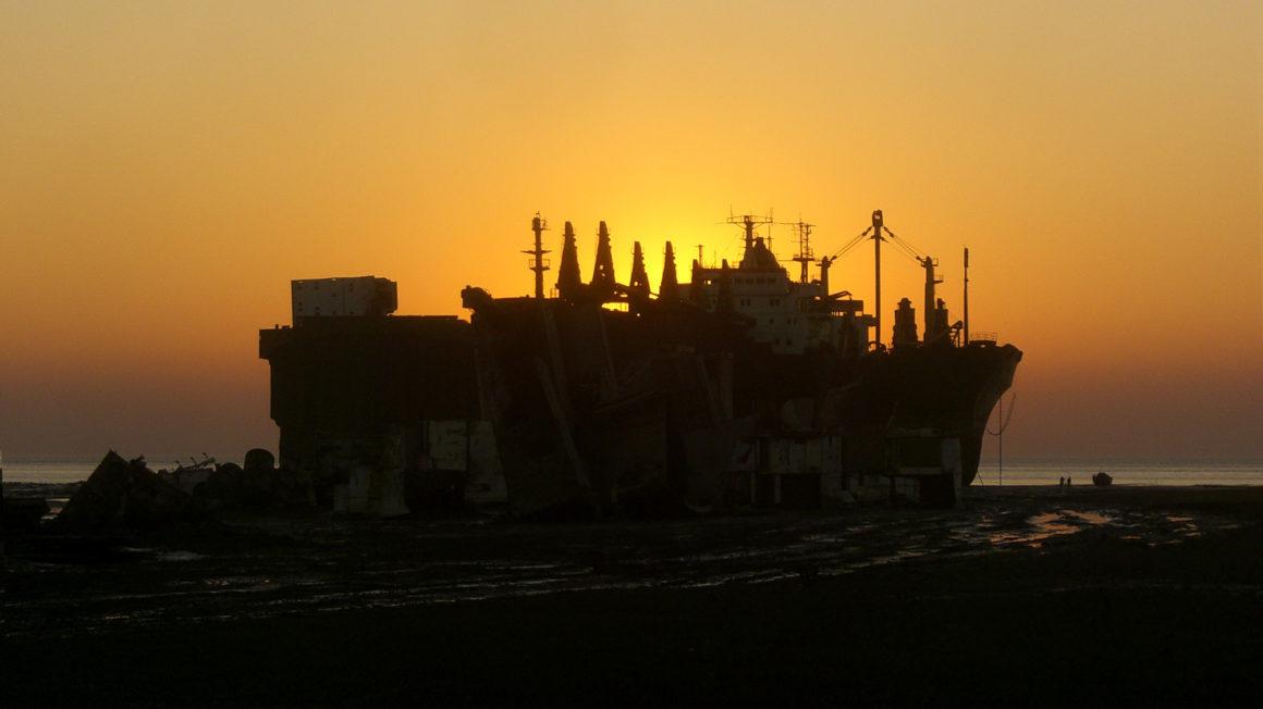 Chittagong-Ship-Breaking-Yard-Sunset