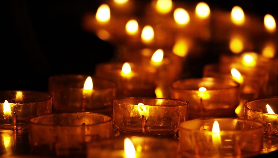 tea-lights-3612508_960_720