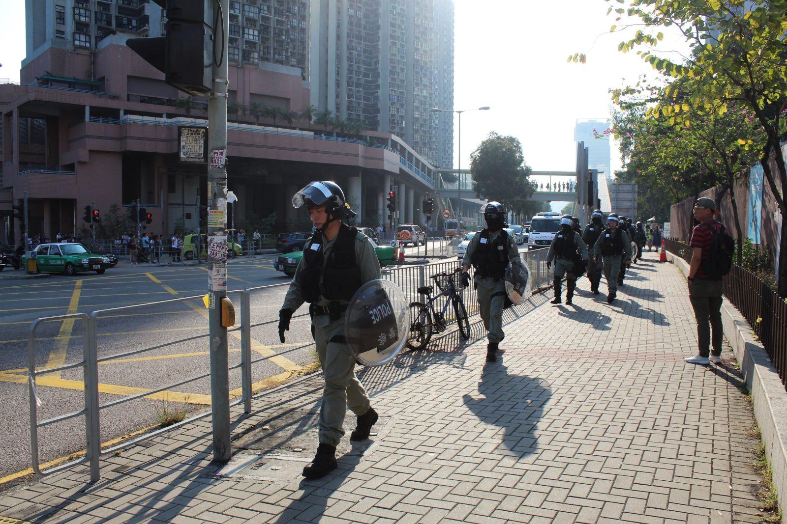 Politie in Hongkongse wijk Tuen Mun – RvdK