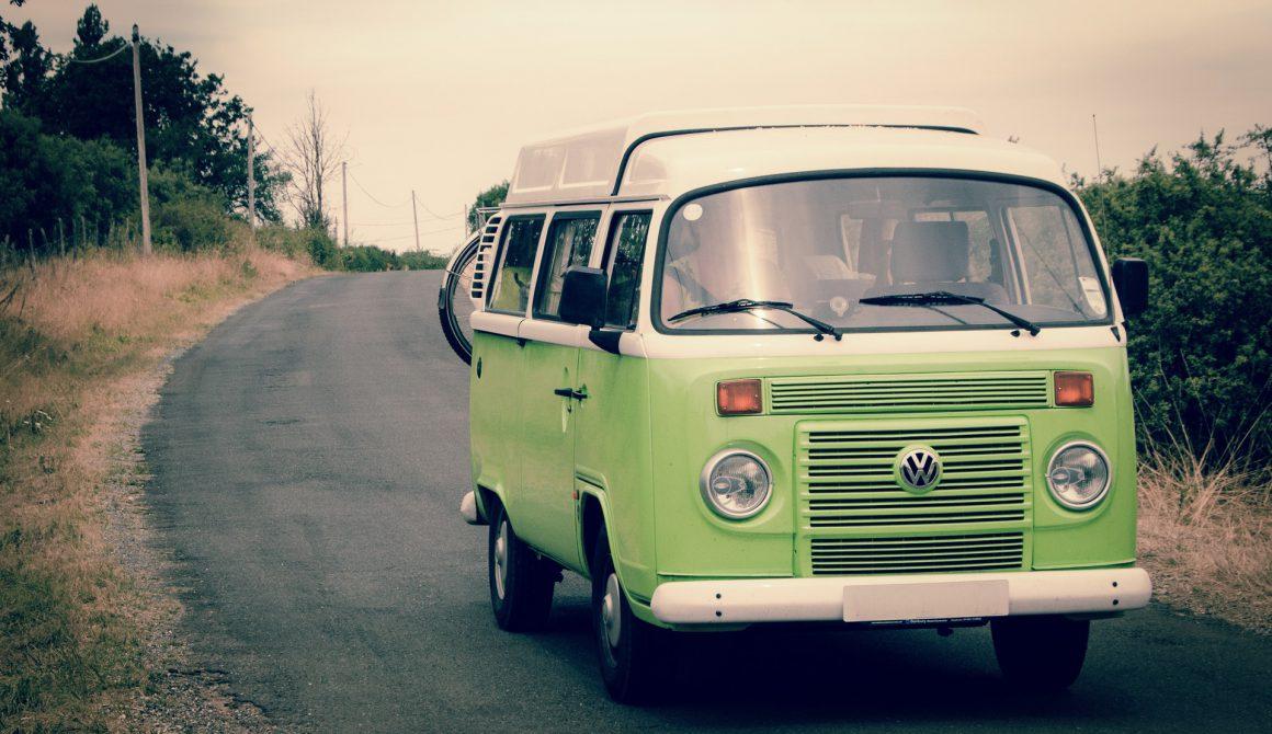 green-and-white-volkswagen-combi-594384