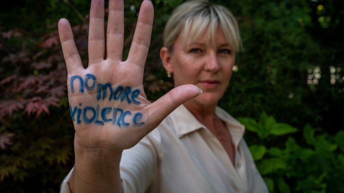Amref-No-More-Violence-door-Joost-Bastmeijer-LR-Saskia.jpg