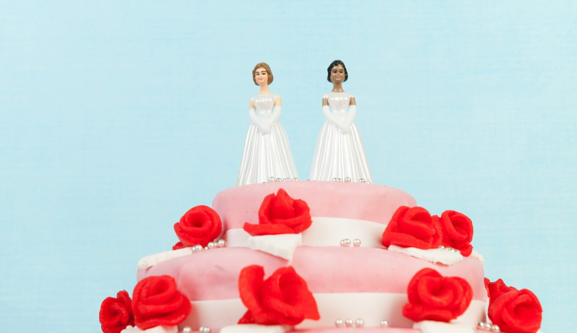 Wedding cake with lesbian couple